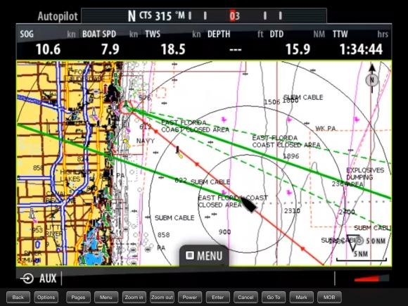 Nosso piloto automatico funcionou muito bem. The autopilot is fantastic doing a good job with the gulf stream.